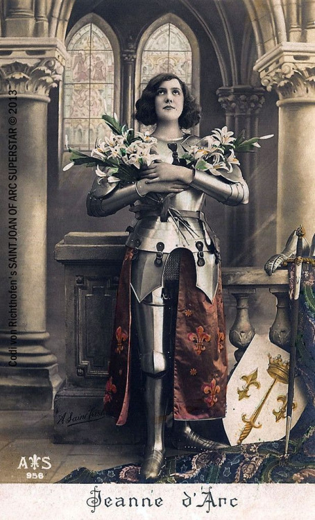 Joan of Arc. 1930s Postcard